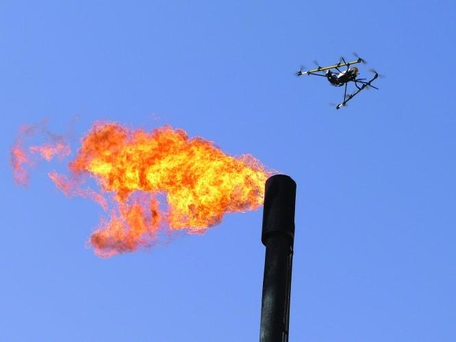 inspeção de flame com drone